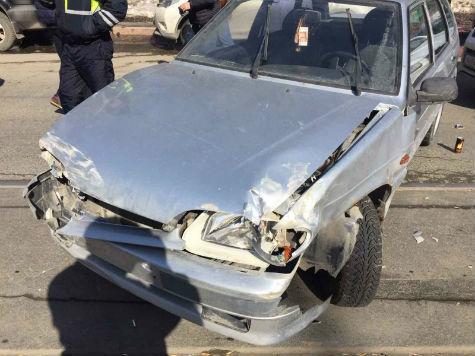 ДТП счетырьмя легковыми авто случилось вСамаре