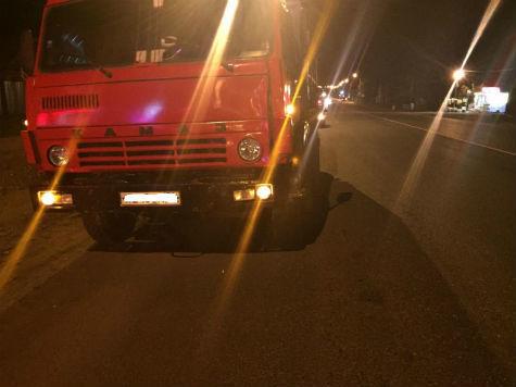 Натрассе М-5 под Сызранью шофёр КамАЗа сбил нетрезвого пешехода