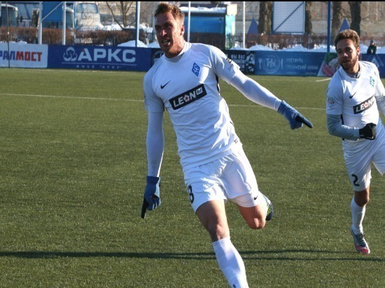 Самарские «Крылья Советов» навыезде обыграли «Динамо-СПб»