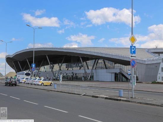 Самолет Москва – Бухара совершил вынужденную посадку в Курумоче