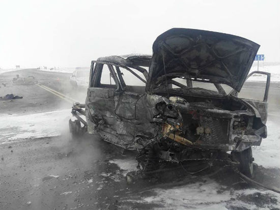 Натрассе Оренбург— Самара после ДТП сгорел УАЗ «Патриот»